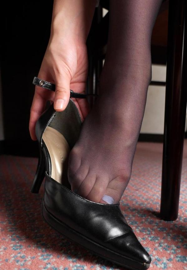 パンストつま先画像 美女の艶っぽい足先足裏60枚の28枚目