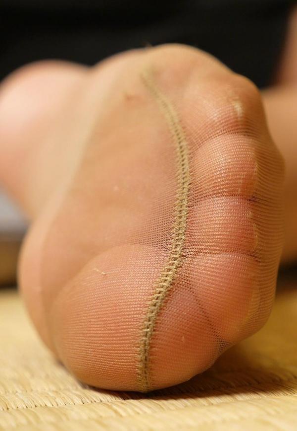 パンストつま先画像 美女の艶っぽい足先足裏60枚の29枚目