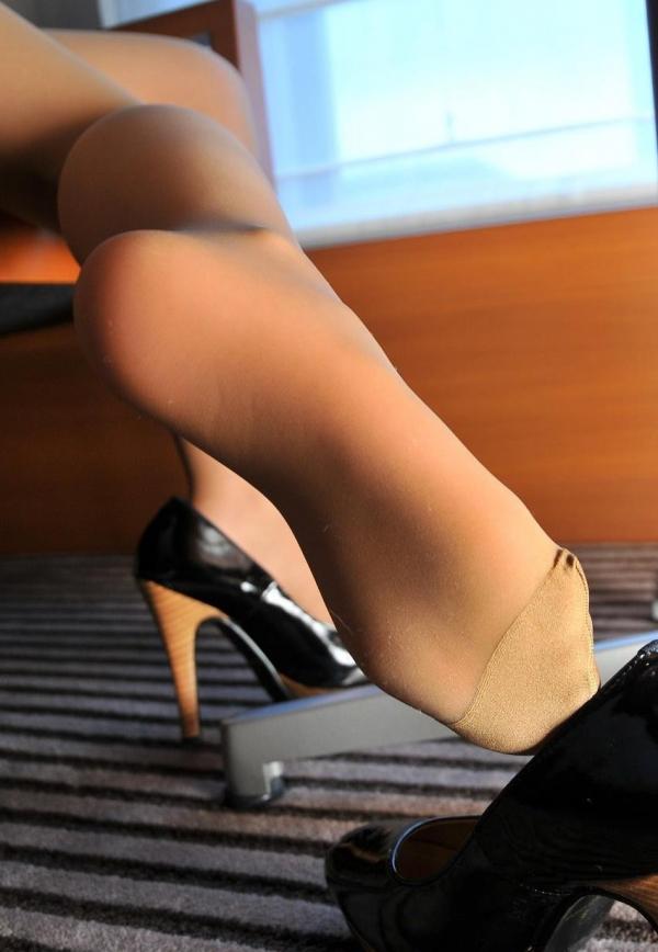 パンストつま先画像 美女の艶っぽい足先足裏60枚の57枚目