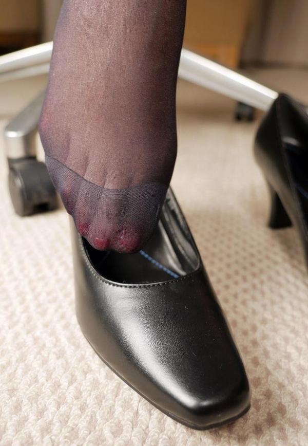 パンストつま先画像 美女の艶っぽい足先足裏60枚の2