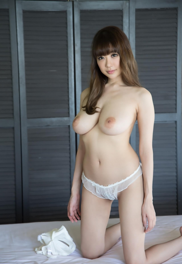 安齋らら Jカップ神乳の誘惑 ヌード画像123枚の053枚目