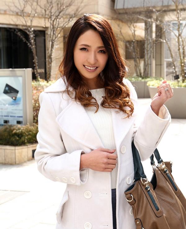 スレンダー美人 理々香(梨田沙羅)人妻エロ画像67枚のa001枚目