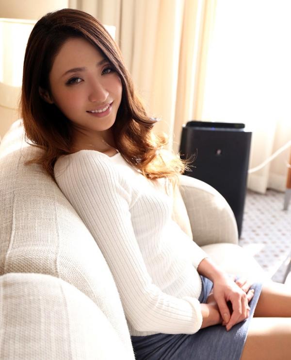 スレンダー美人 理々香(梨田沙羅)人妻エロ画像67枚のa002枚目