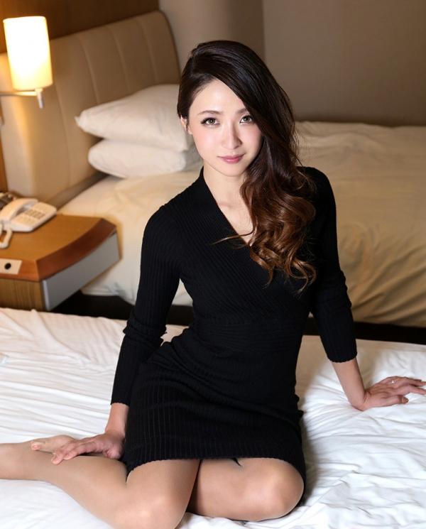 スレンダー美人 理々香(梨田沙羅)人妻エロ画像67枚のa023枚目