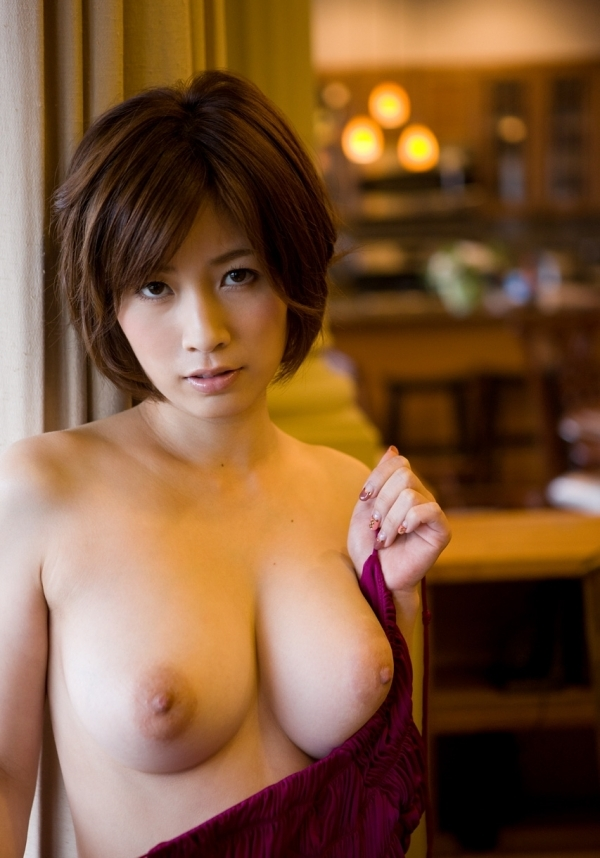 S1エスワンAV女優17人の裸画像まとめ100枚の071枚目