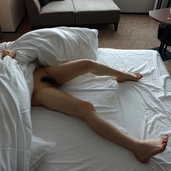 おもちゃを楽しむ不倫セックス!人妻冴島かおり画像90枚の45.jpg