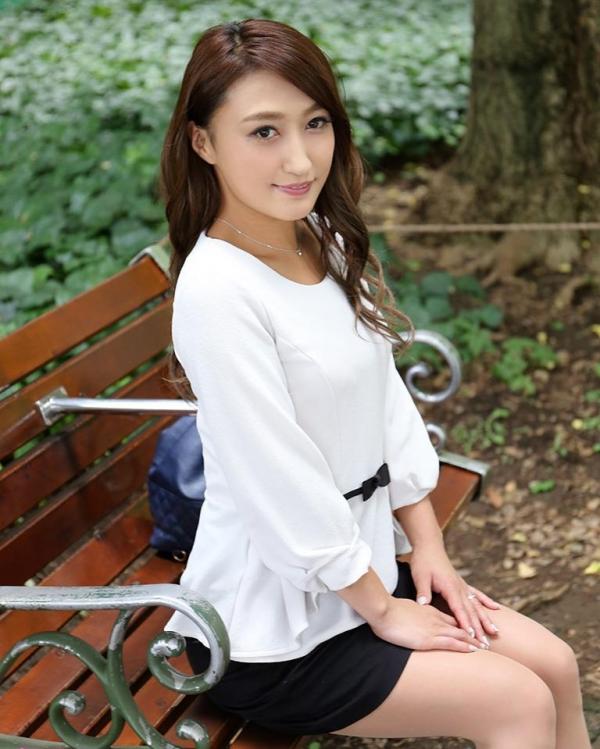 冴木琴美(上野麻由)画像 a002