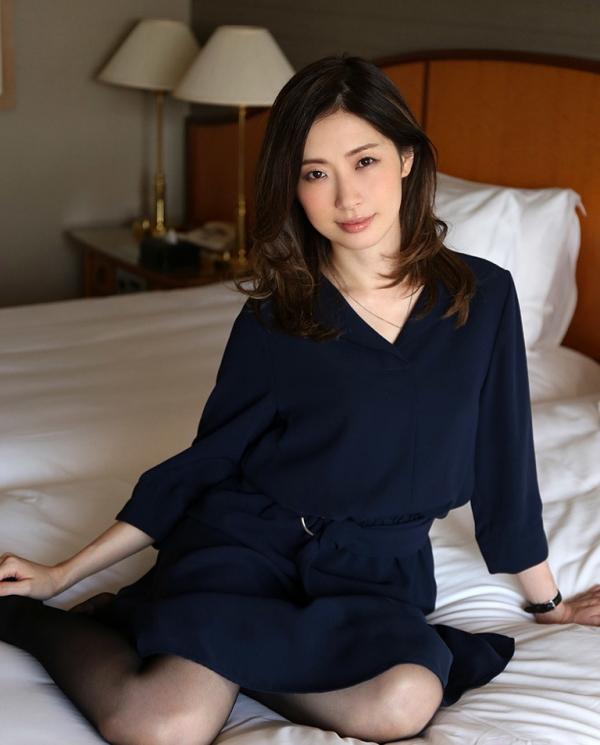 斉藤依子(堀口夏菜子)不倫する欲求不満の美人若妻エロ画像60枚の002枚目