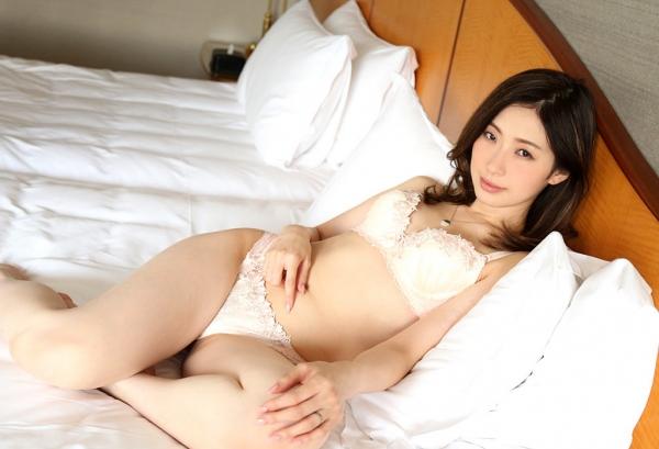 斉藤依子(堀口夏菜子)不倫する欲求不満の美人若妻エロ画像60枚の005枚目