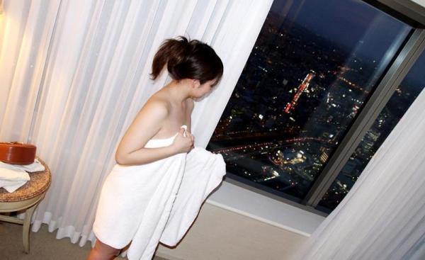 坂井亜美 色白むっちり巨乳お姉さんセックス画像90枚の089枚目