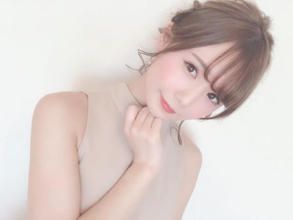 坂道みる 華奢なくびれ美乳の美少女エロ画像63枚のa013枚目