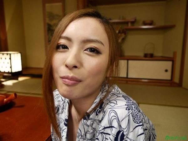 美人でスレンダー美乳 咲乃柑菜の無修正「マンコ図鑑」エロ画像42枚のc008枚目