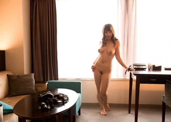 桜ちなみ デカ乳輪で巨乳な美女のSEX画像90枚の43枚目