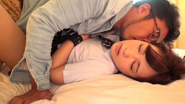 さくらみゆき 挑発する淫乱制服JKのエロ画像58枚のd013枚目