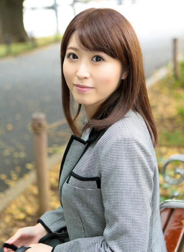 Fカップ巨乳むっちり美女 桜結奈 エロ画像90枚の003枚目