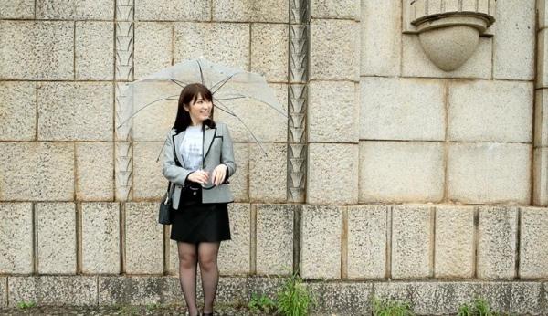 Fカップ巨乳むっちり美女 桜結奈 エロ画像90枚の006枚目