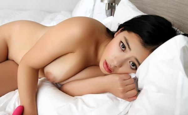 桜庭ひかり(白木エレン)むっちり太めなパイパン美女エロ画像90枚の055枚目