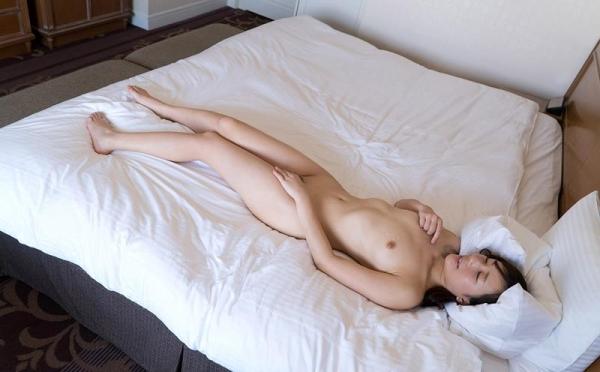 桜木エリナ(新川優衣)スレンダー美乳美女エロ画像90枚のb044枚目