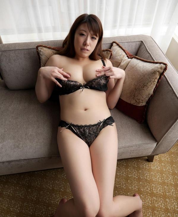 むっちり巨乳美女佐野あおい濃密セックス画像93枚の51枚目