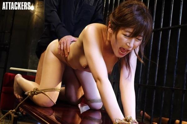 佐々木あき 美しい人妻熟女のエロ画像 c010