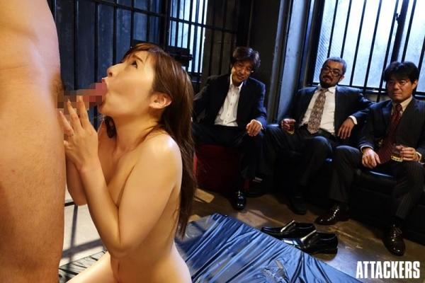 佐々木あき 美しい人妻熟女のエロ画像 c013