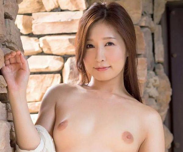 佐々木あき全裸画像 美しい人妻フルヌード60枚の1