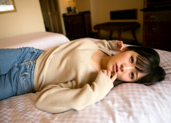 佐々木ひな 美巨乳の清純スケベ娘 エロ画像110枚の019枚目