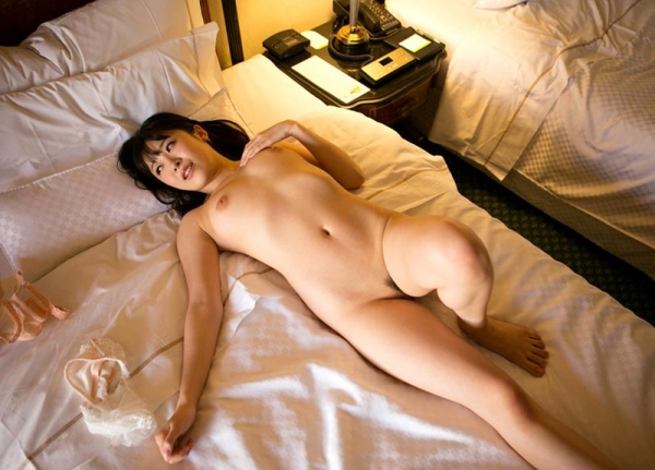 佐々木ひな 美巨乳の清純スケベ娘 エロ画像110枚の027枚目