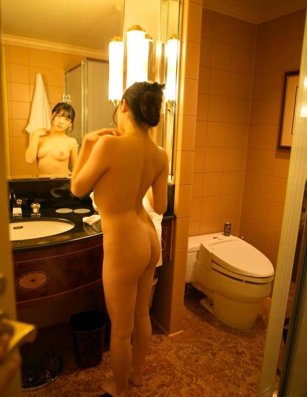 佐々木ひな 美巨乳の清純スケベ娘 エロ画像110枚の031枚目