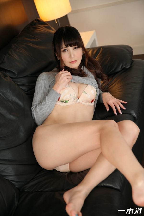 美熟女 佐々木優奈さん、我慢できずにお漏らししてしまう・・・。エロ画像62枚のa005枚目