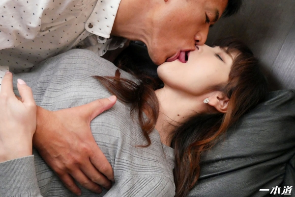 奥村沙織(佐々木優奈)美熟女の恥じらいのお漏らしエロ画像62枚のa021枚目