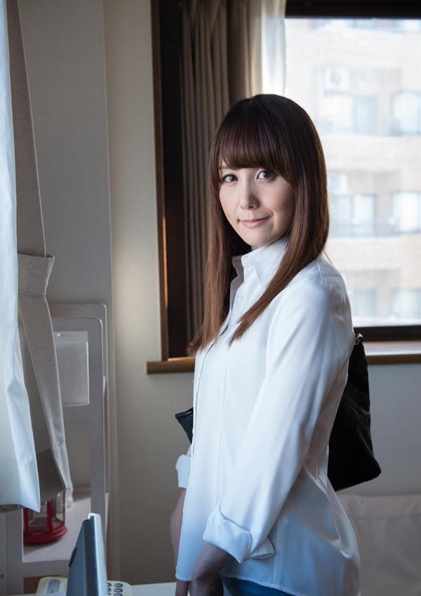 美熟女佐々木優奈さんが優しくエロく童貞くんの筆おろし画像32枚のa02枚目