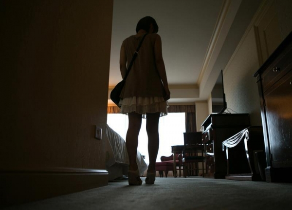 勃起乳首のエロ娘 紗藤まゆ セックス画像81枚の12枚目