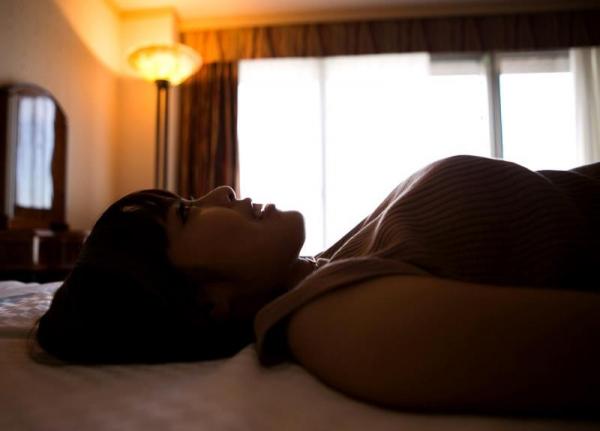 勃起乳首のエロ娘 紗藤まゆ セックス画像81枚の17枚目