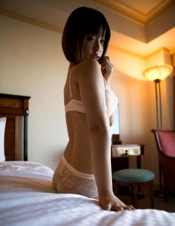 勃起乳首のエロ娘 紗藤まゆ セックス画像81枚の22枚目