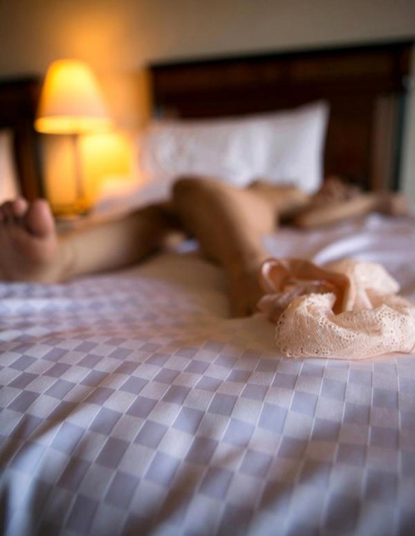 勃起乳首のエロ娘 紗藤まゆ セックス画像81枚の33枚目