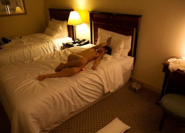 勃起乳首のエロ娘 紗藤まゆ セックス画像81枚の78枚目