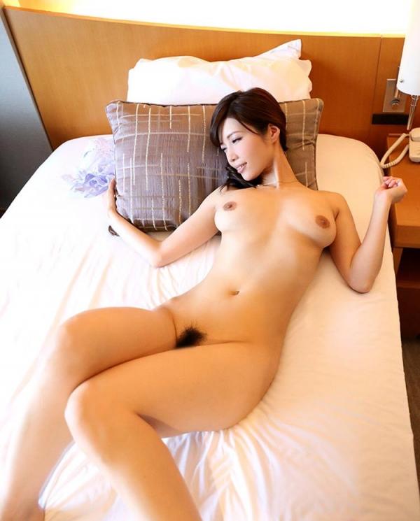 スリム巨乳な美熟女 清城ゆき(せいじょうゆき)エロ画像65枚のb012枚目