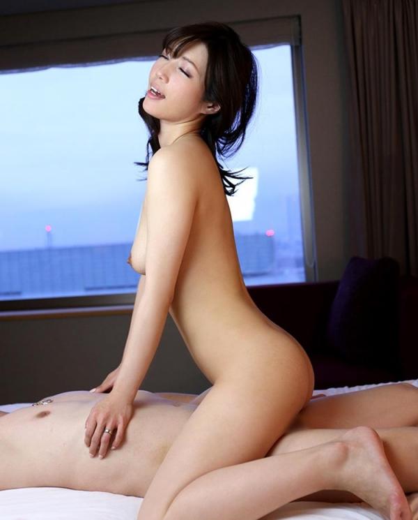 スリム巨乳な美熟女 清城ゆき(せいじょうゆき)エロ画像65枚のb023枚目