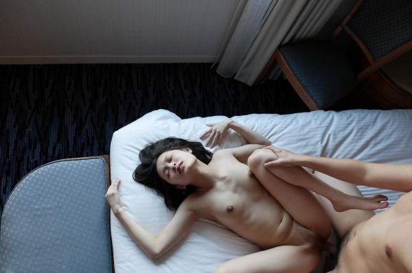 イキ顔画像 正常位のガン突きでオーガズムを迎えた女100枚の010枚目