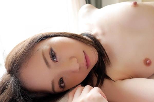瀬奈まお 小柄でロリ系の秋田美人エロ画像90枚の55枚目
