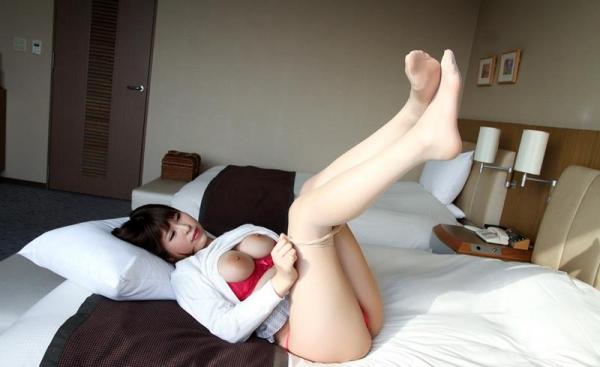 椎葉みくる 巨乳デカ乳輪の淫乱美女エロ画像100枚の028枚目