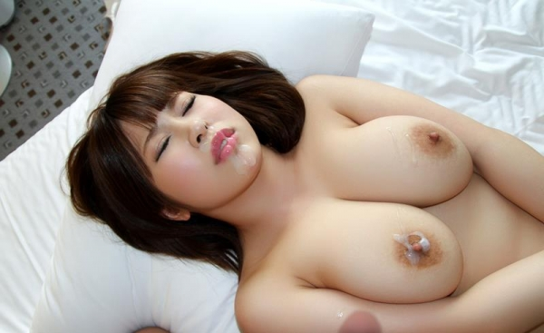 椎葉みくる 巨乳デカ乳輪の淫乱美女エロ画像100枚の065枚目