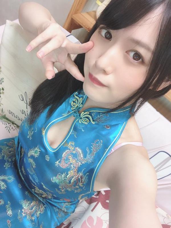 志田雪奈 透き通る様な美白肌の美少女エロ画像48枚のa02枚目