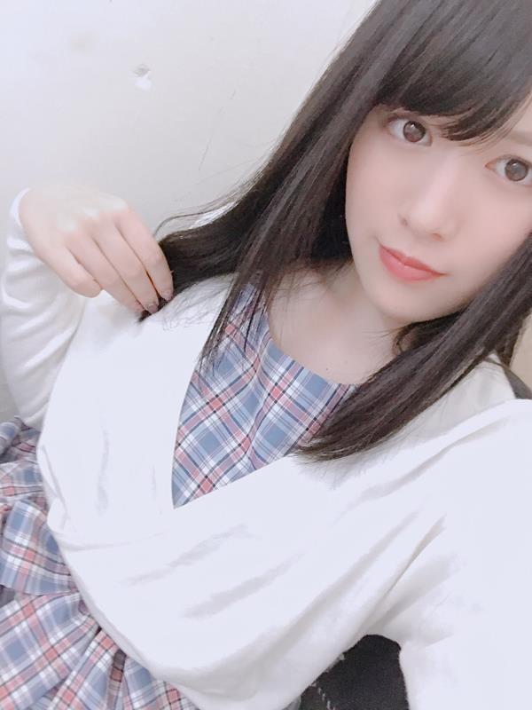 志田雪奈 透き通る様な美白肌の美少女エロ画像48枚のa03枚目