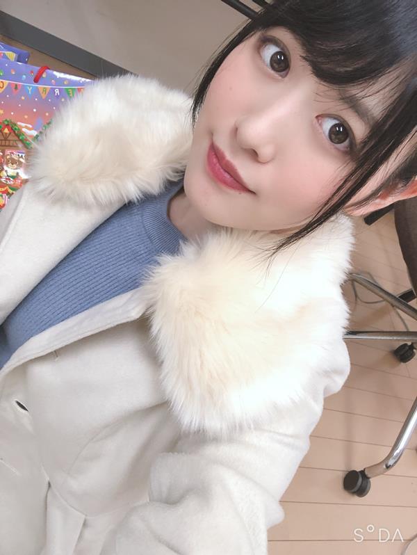 志田雪奈 透き通る様な美白肌の美少女エロ画像48枚の2
