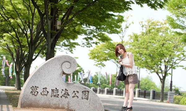 椎名ひかる 色白美乳の可愛い妹系 エロ画像80枚の001枚目