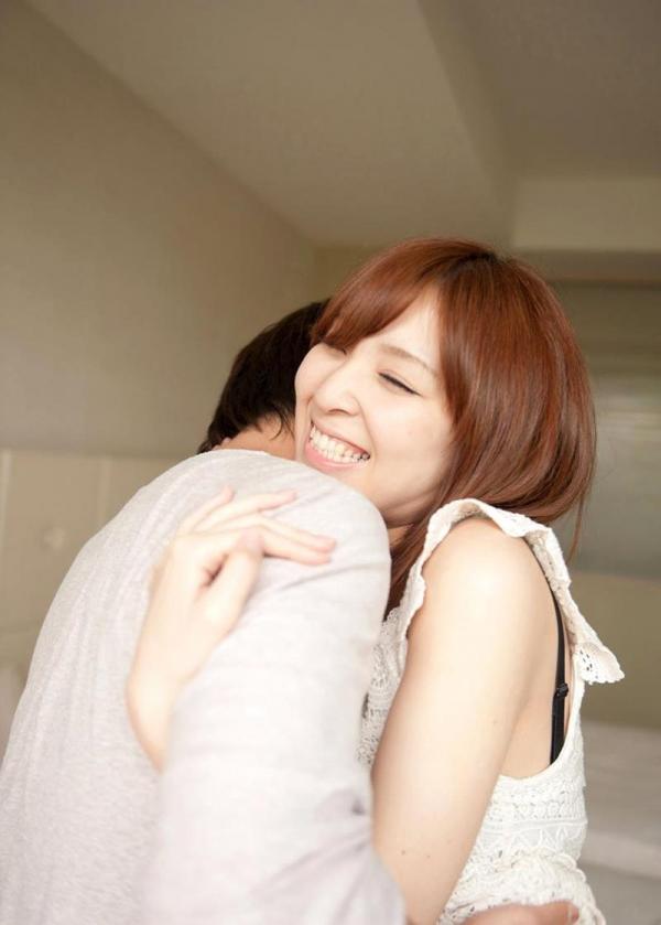 椎名ひかる 色白美乳の可愛い妹系 エロ画像80枚の036枚目
