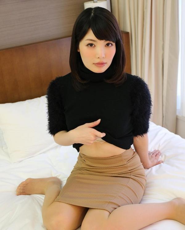 椎名りりこ 美人妻ねっとりセックス画像100枚のa10番