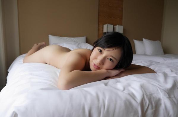 新川優衣 画像 067